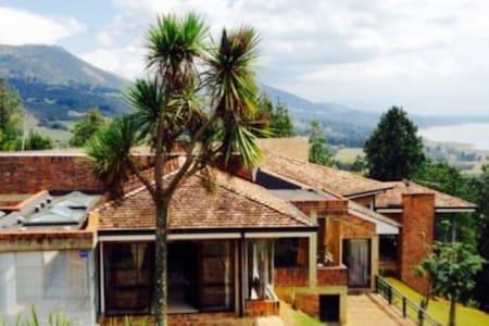 Guatavita Casa Quinta La Esperanza (Entera)