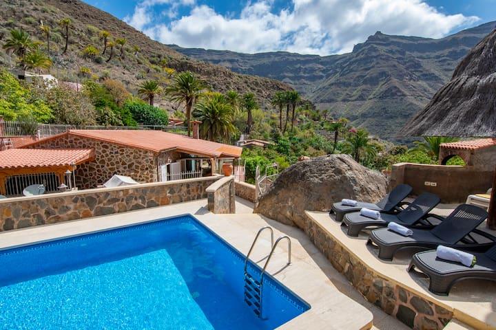 Villa with private pool in El Sao, Mogán ( GC0280)