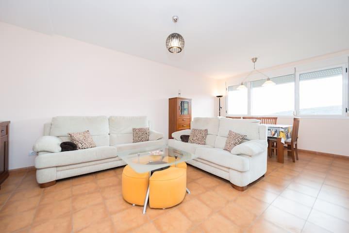 Cosy Apartment on 2 floors &Terrace - Las Palmas da Gran Canária - Apartamento