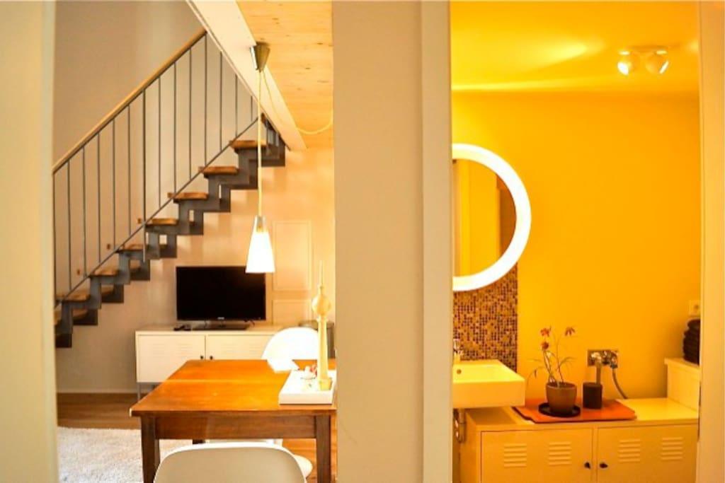 maisonette apartment in kreuzberg lofts zur miete in. Black Bedroom Furniture Sets. Home Design Ideas