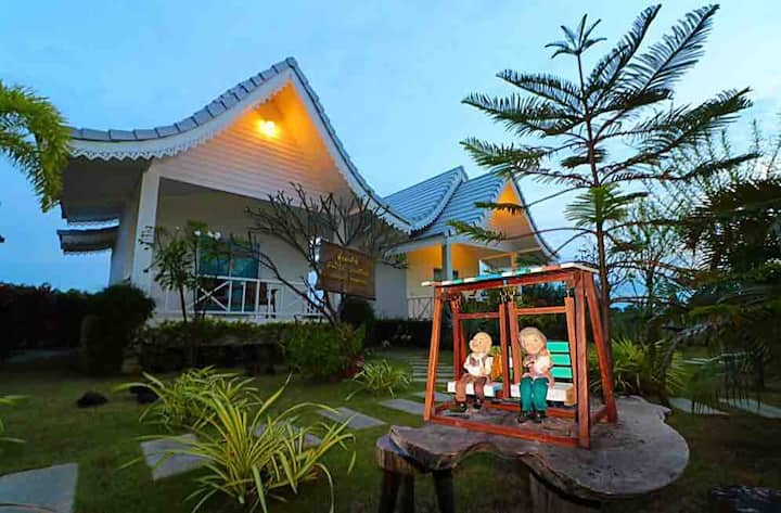 Phukpan Resort Pranburi