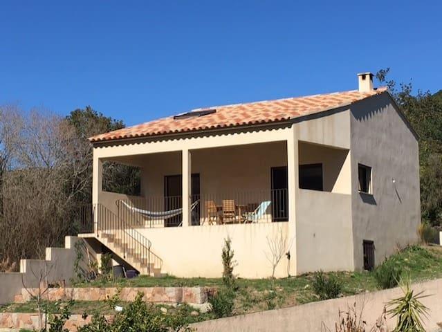 VILLA à 10 min DES PLAGES ET DE LA RIVIERE - Sari-Solenzara - Villa