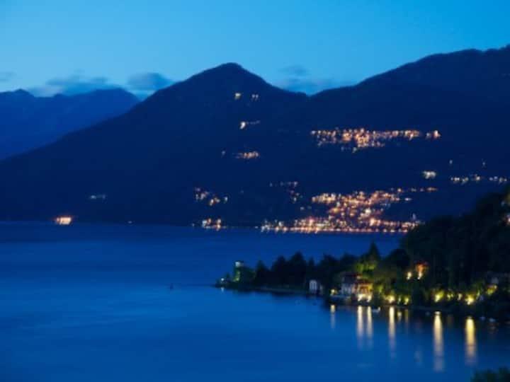 Phantastisch freie Aussicht auf den Lago Maggiore