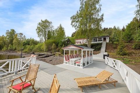 Acogedor lugar en el lago (Mjøsa)
