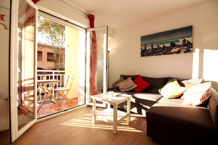 ★Stunning 3br-apt in the heart of trendy Cabañal★