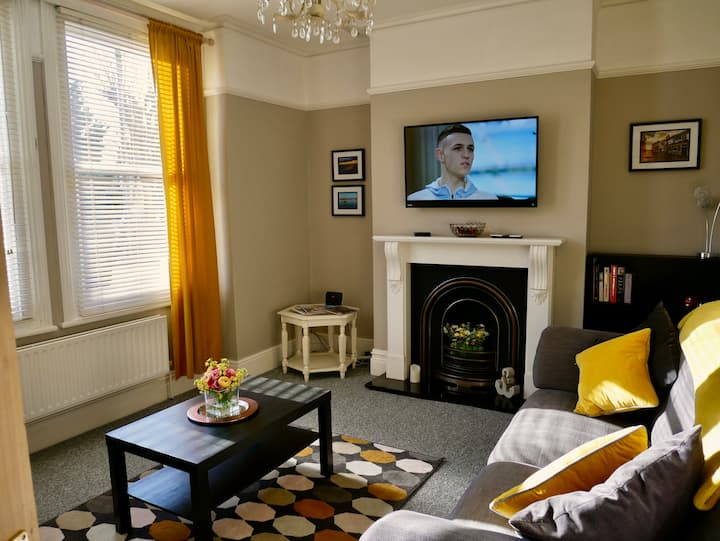 Kit's-Place - Stylish 5* 2 Double Bed Apartment