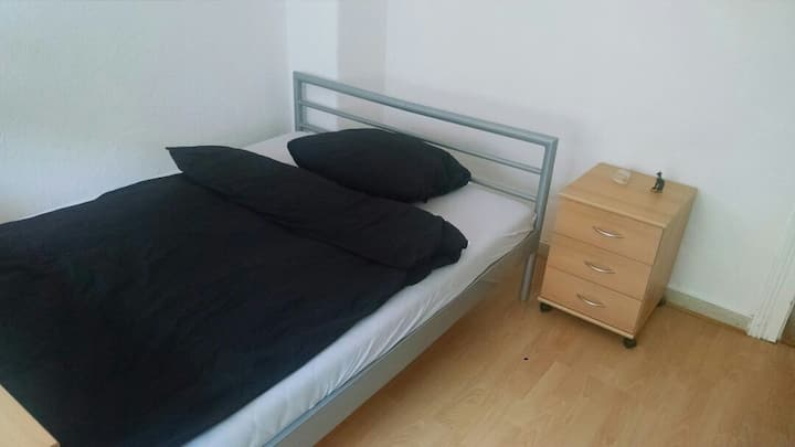 Cosy privat room - Good connectivity to Messe