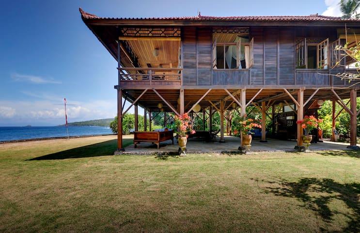 Ocean Front Pandan Villa East Bali