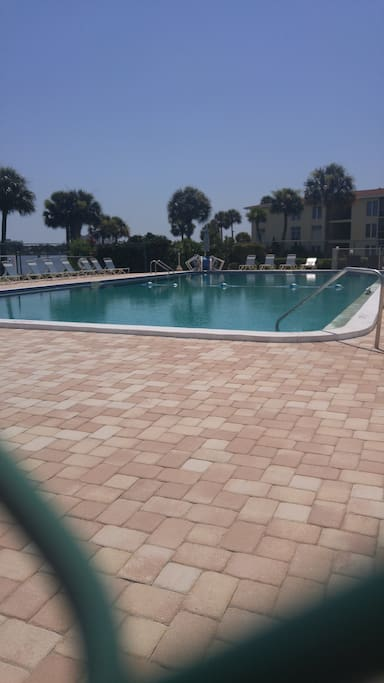 Riverfront Condo With Pool Condominiums For Rent In Daytona Beach Florida United States