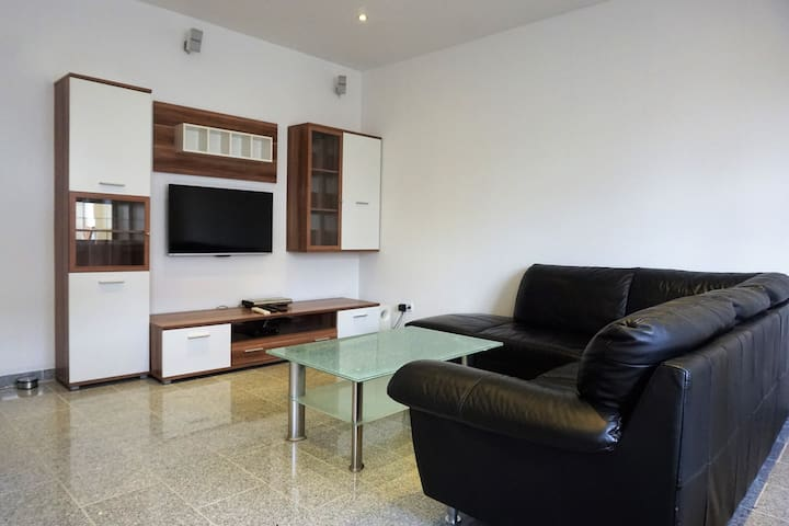 III - Modern appartment with 2 bedrooms