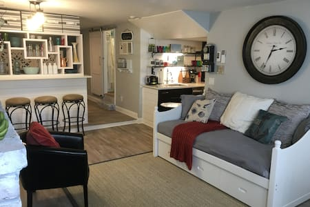 Upscale Condo in the Heart of Historic Marblehead! - 马布尔黑德(Marblehead) - 公寓