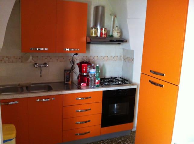 Accogliente casa con volte a stella - Caprarica di Lecce - Hus