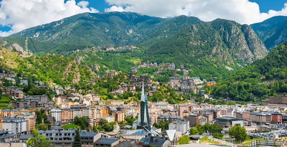 Grand appartement avec vue - Andorra la Vella - Apartmen