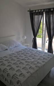 Apartment Vicko - Drvenik