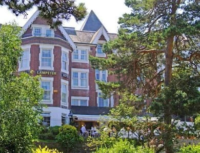 En-suite Room in the Heart of Bournemouth - Bournemouth
