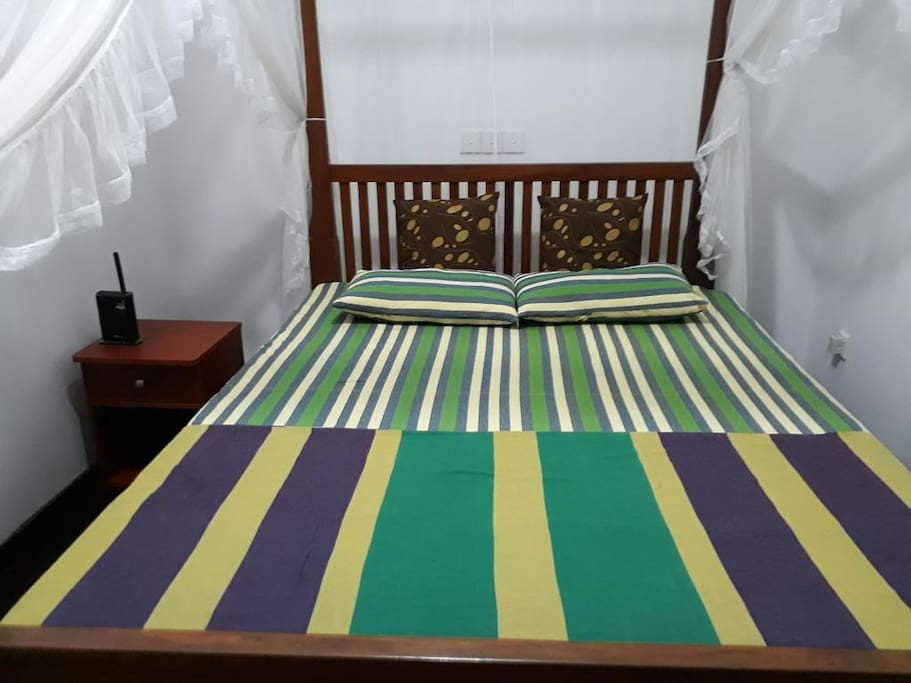 The bed room