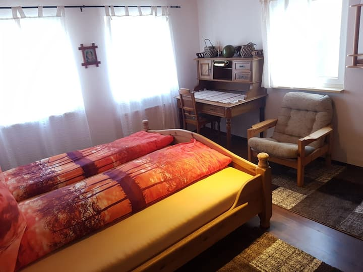 Private bedroom close to Porsche and Bosch