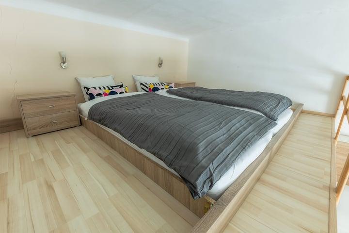 Romantické ubytování pro 2 v centru Brna - B201