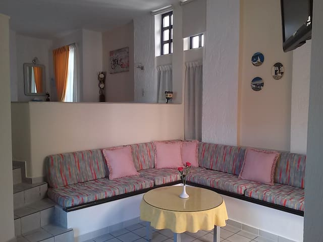 Split Level Studio Near The Beach - Rethymno