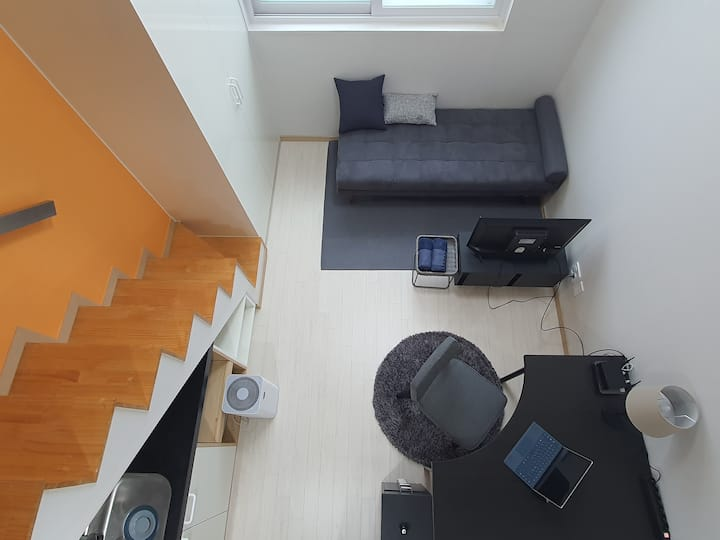 Sinchon - Private Single room #1min from Idae stn