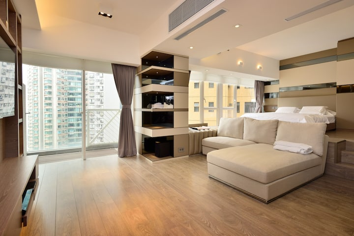 Brand New Designer Apartment