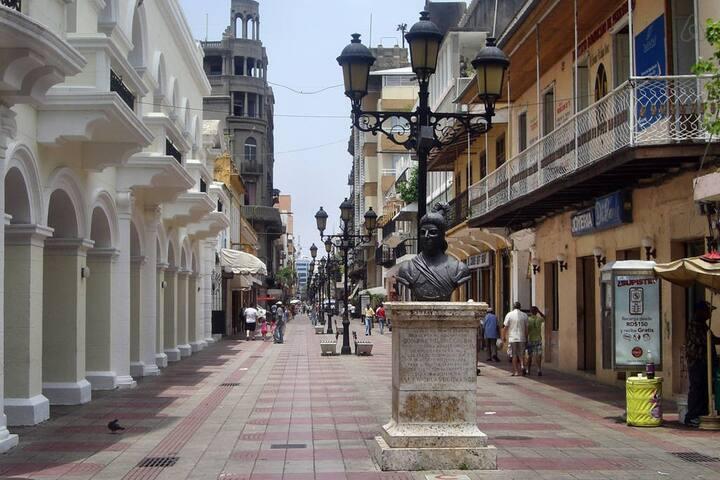 live right street EL CONDE # 6 - Santo Domingo - Byt