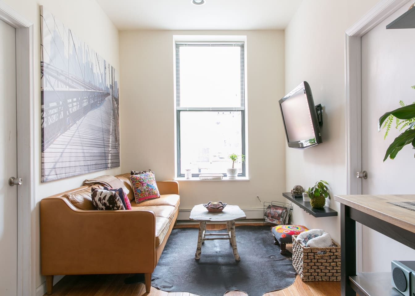 Beautiful 2BR with Private Rooftop Deck LES
