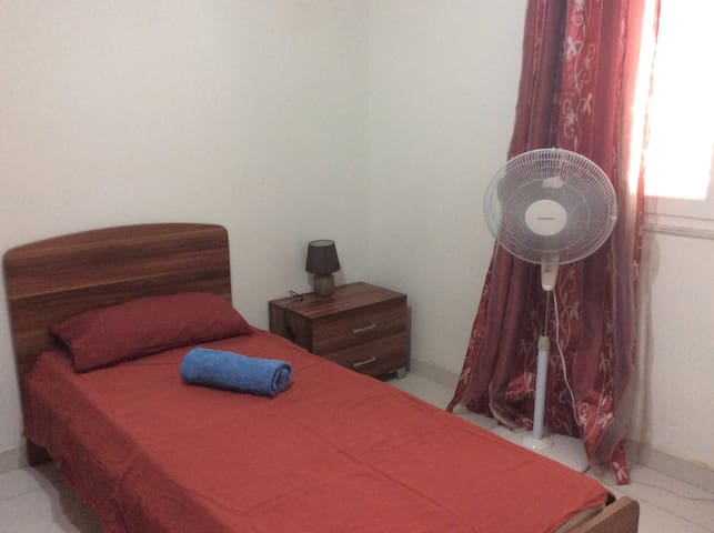 Single Room in lovely town house in Sliema.