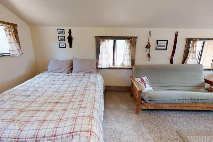 Harvest Moon Cabin