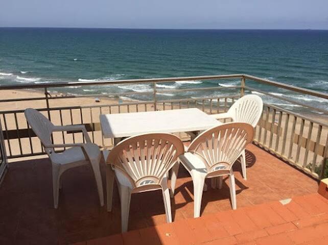 Apartamento primera línea de playa Cullera