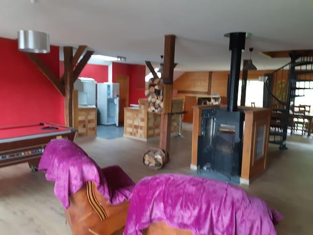 Le gîte d'Alice de 200 m2 dans une ancienne grange