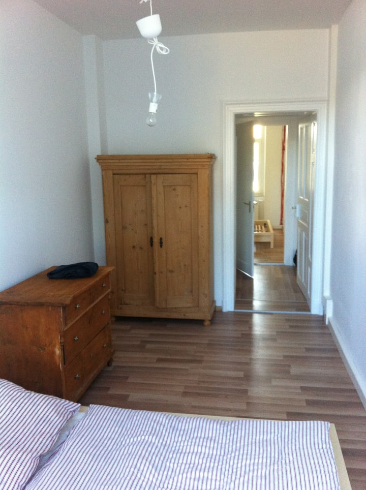 3 room flat, near Oldtown