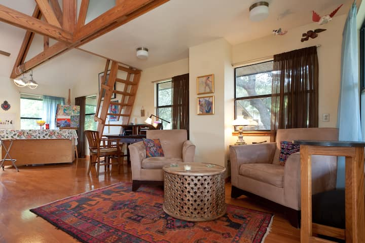 Artisan's Studio Apartment