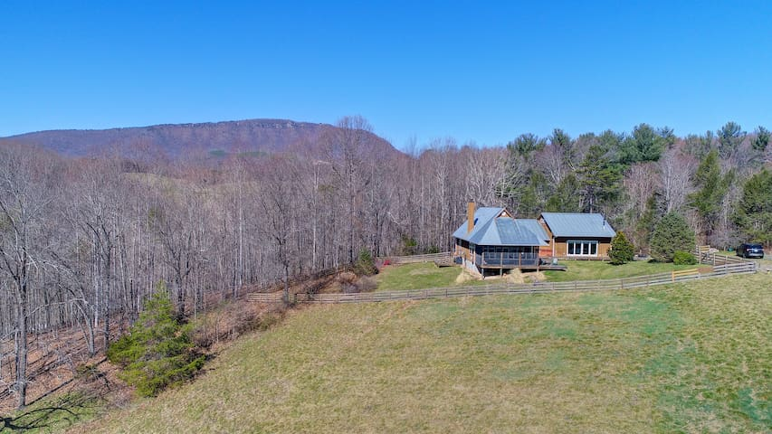 Little Dry Hollow Mountain Retreat
