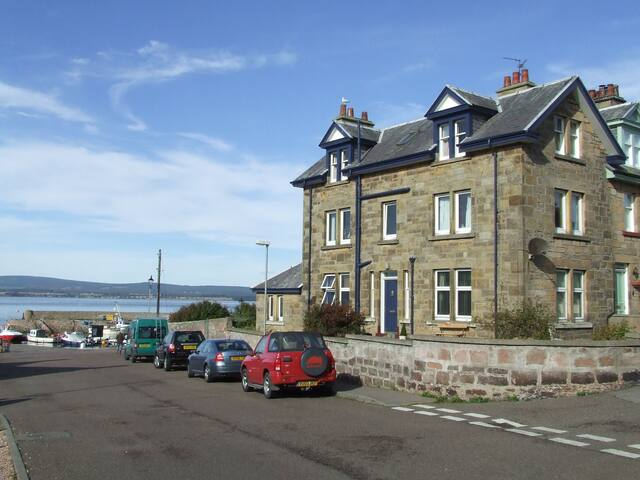 Harbour Room, Mandeville B&B - Cromarty
