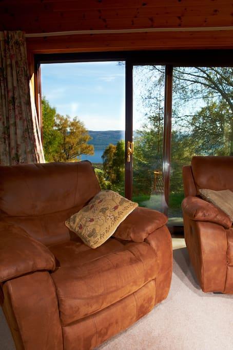 Lodge 4 Living Room