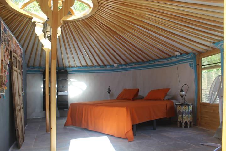 Casa La Nuez, yurt, bathroom, free WiFi, pool