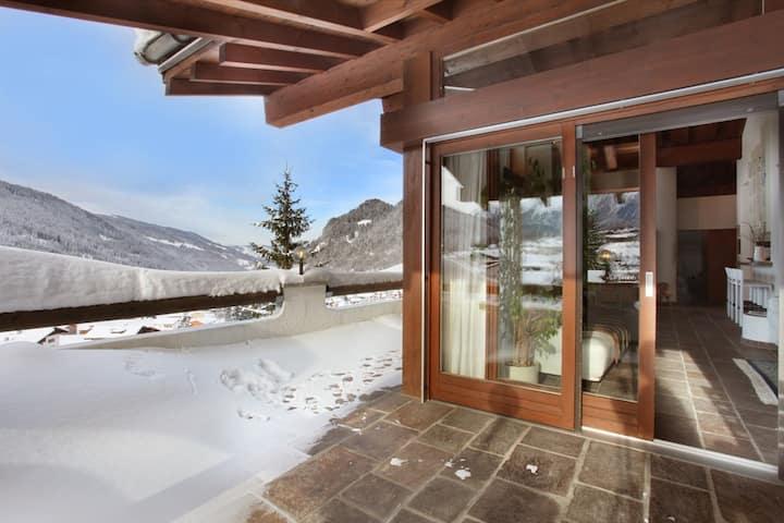 Luxuriöse, sonnige Wohnung mit spektakulärem Blick