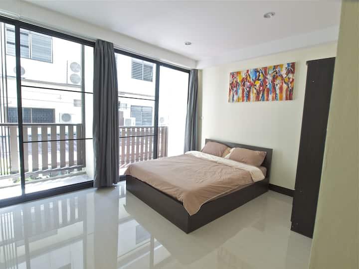 2. Bangkok bright Apartment 201