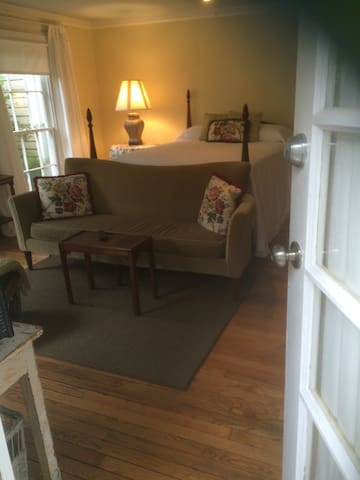 Buckhead Guest House on Habersham