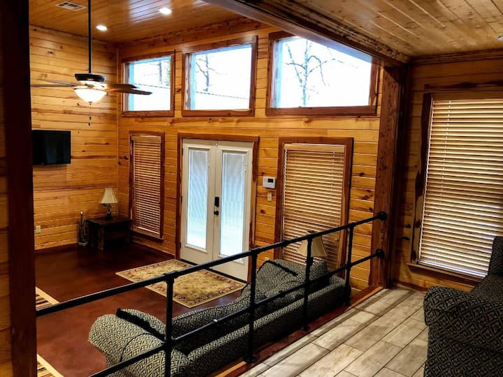 New Listing - Bay Dreamer of Toledo Bend Lake