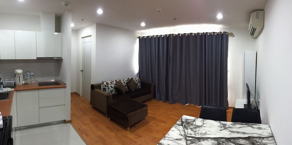 2Bedroom 60 sqm connect to BTS Bangwa for 4 guests