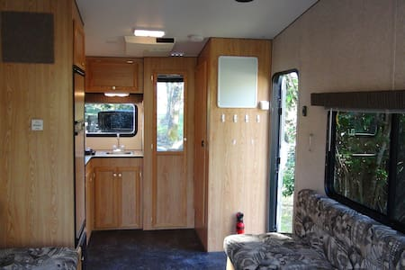Gold Country Camping in Boxie - Meadow Vista - Camper/RV