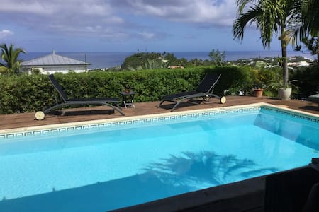Un Petit Coin de Paradis - Saint-Gilles - Bed & Breakfast