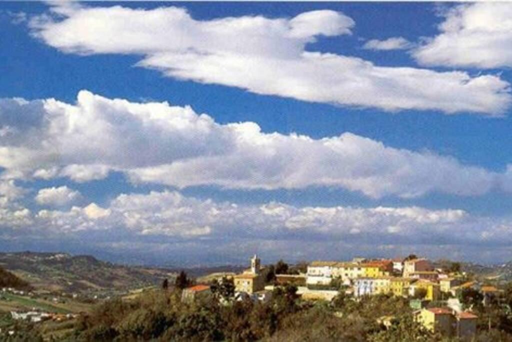 il borgo di Massignano