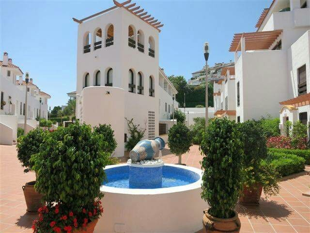 Prime Location Apartment Puerto Banús, Marbella