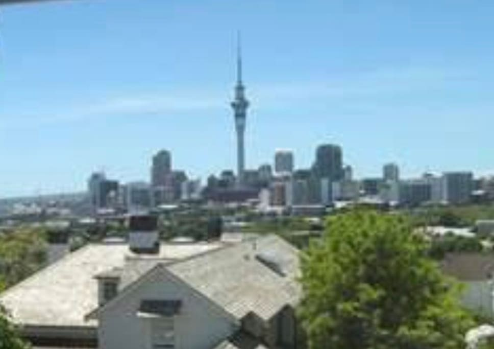 Enjoy our wonderfull view of The Sky Tower, 328 meters as an icon of Auckland's sky line for almost 20 years.  20 minutes walk
