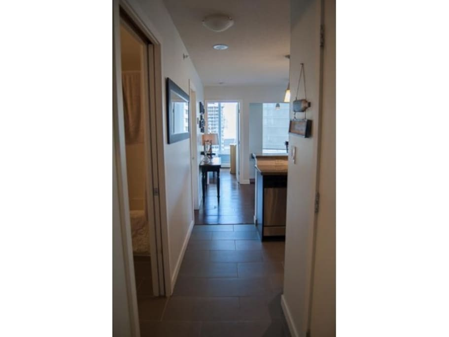 2 bedroom 2 bath with amazing views vancouver for Bathrooms r us vancouver