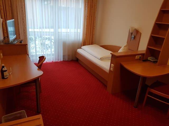 Apartment, nähe München, Verkehrsgünstig gelegen!