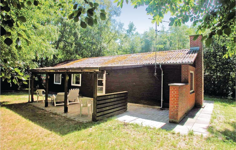 Holiday cottage with 3 bedrooms on 60m² in Glesborg